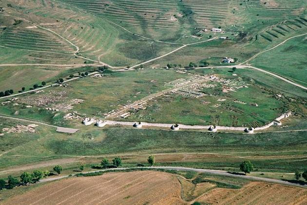 Situl Arheologic - Adamclisi
